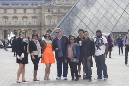 Participants in Study Abroad in front of the Louvre museum