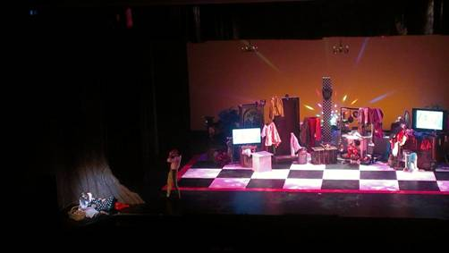 Photo of Alice in Wonderland performance on the Leeward Theatre main stage