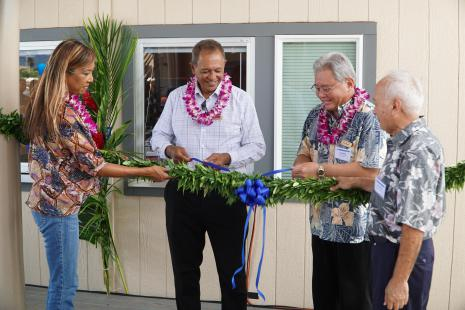 the untieing of the lei ceremony